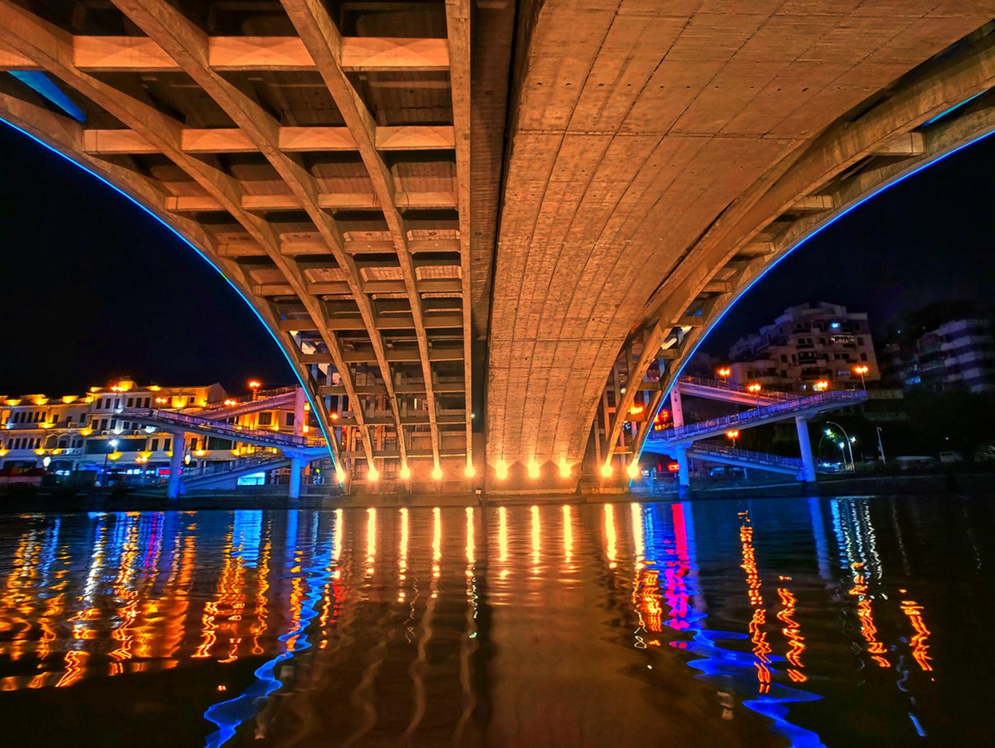 003《城市之桥》.jpg